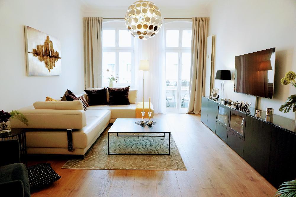 Exklusiver Wohnbereich mit Balkon
